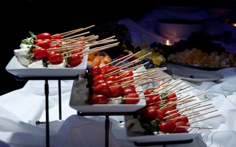 https://amerigo.net/wp-content/uploads/2019/05/Catering-Skewers-800x500.jpg